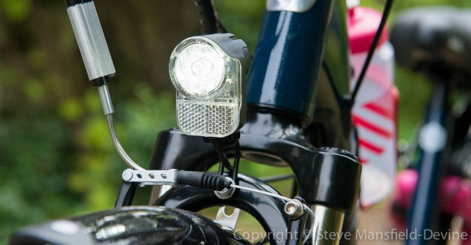 Axa Pico 30 front light