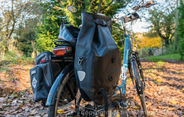 The RCP pannier with the outer cover open but the inner flap pulled upright and still clipped shut. A bit of a palaver to get into...