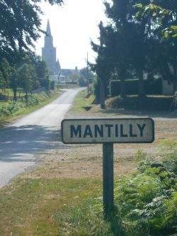 mantilly-sign